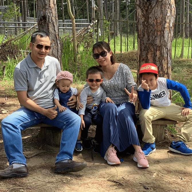 Anh Hải Bên Vợ Và 3 Cậu Con Trai